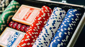 How to Choose the Right Poker Chip Set